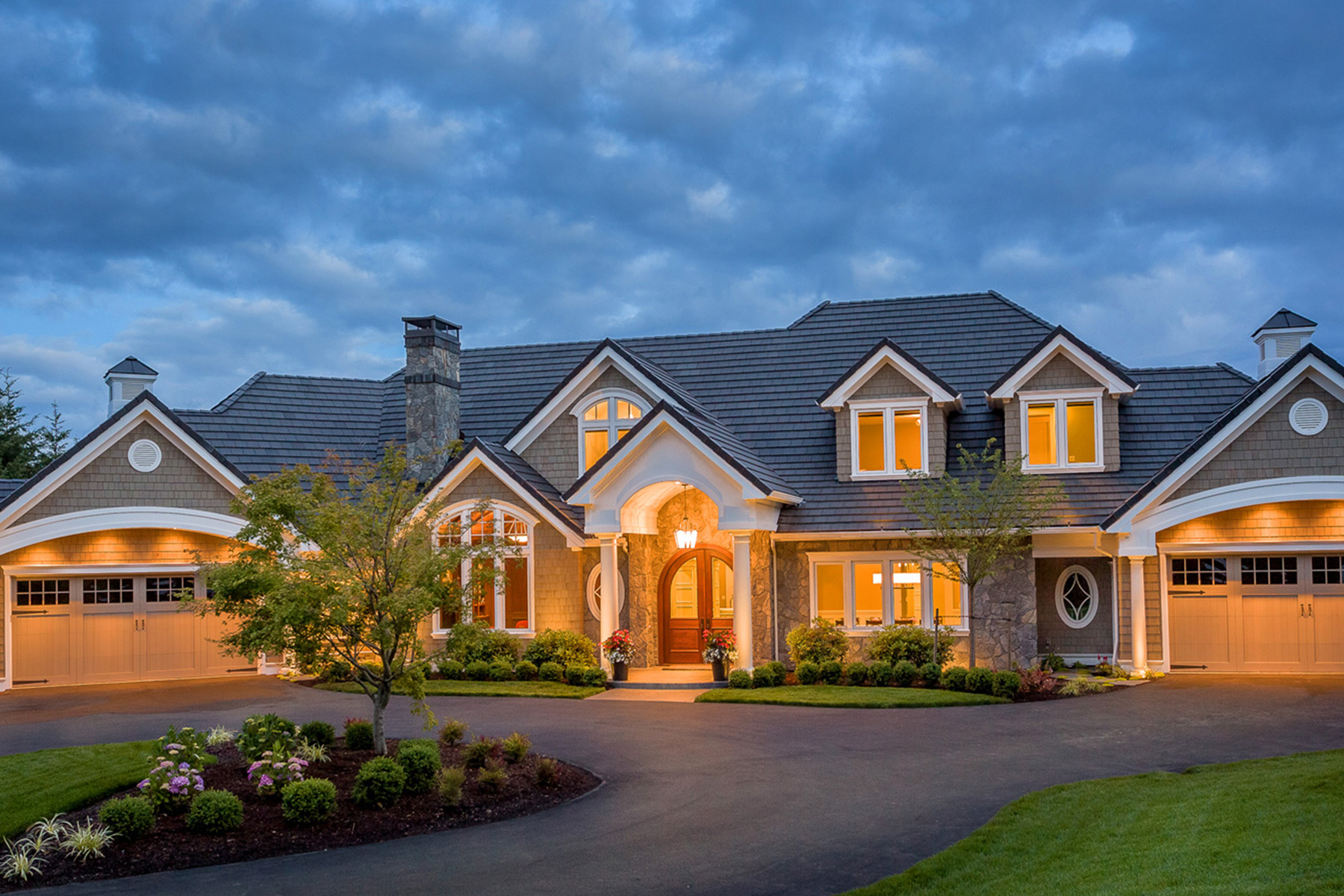 West linn custom home build delahunt homes for What is a luxury home